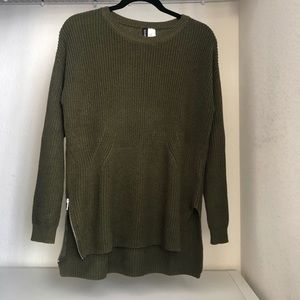 H&M // olive green long line knit sweater